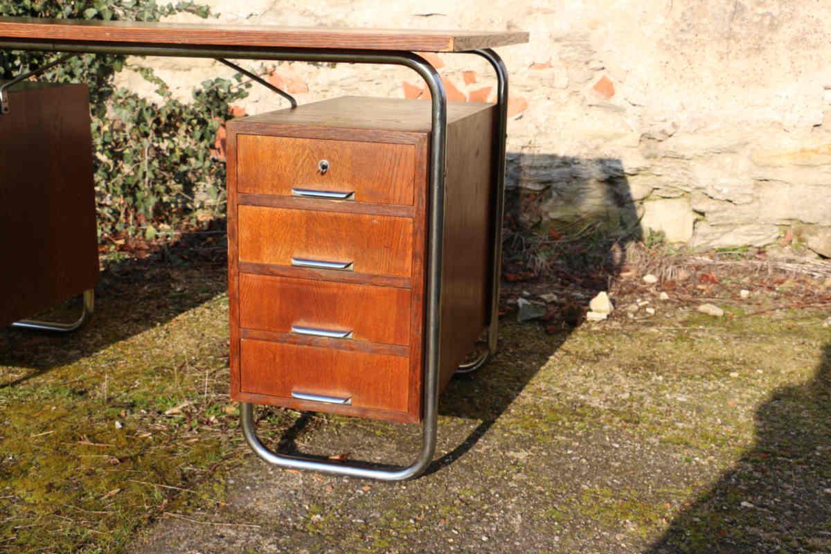 stahlrohr schreibtisch 30er jahre vintage deisgn antik. Black Bedroom Furniture Sets. Home Design Ideas