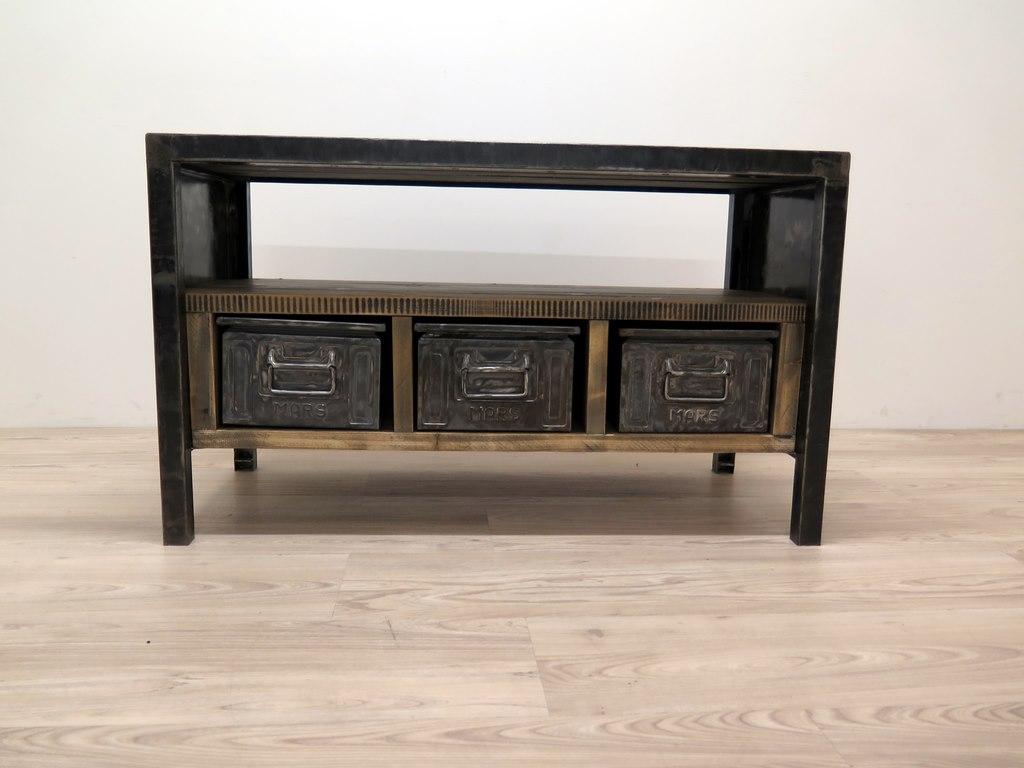 industriedesign tisch massive tischplatte antik. Black Bedroom Furniture Sets. Home Design Ideas