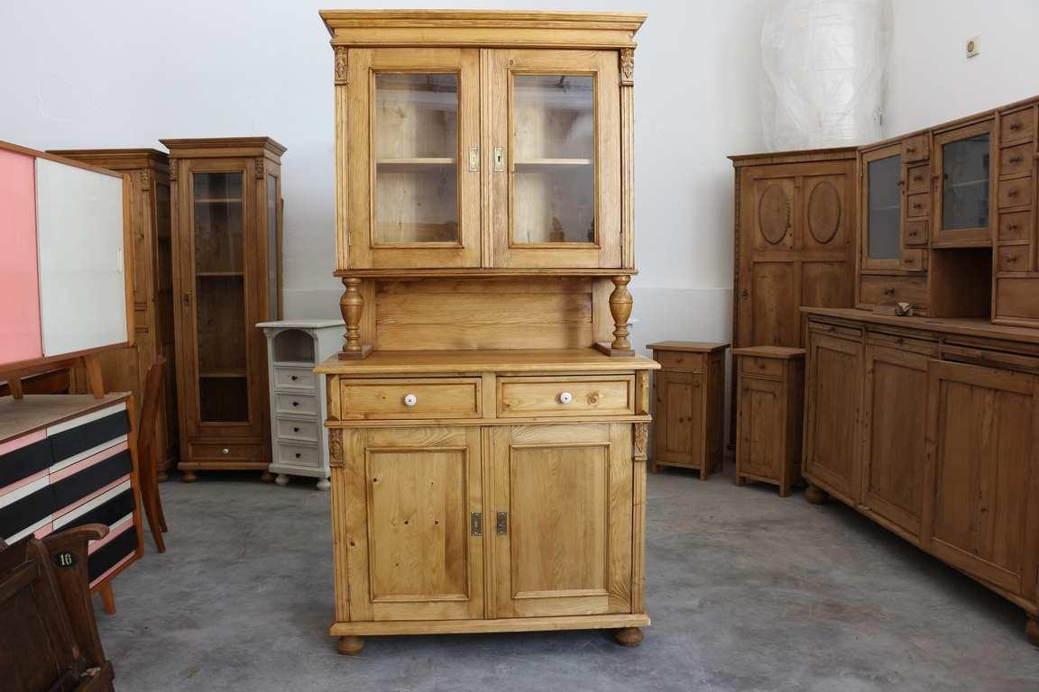 altdeutsche kredenz antik. Black Bedroom Furniture Sets. Home Design Ideas