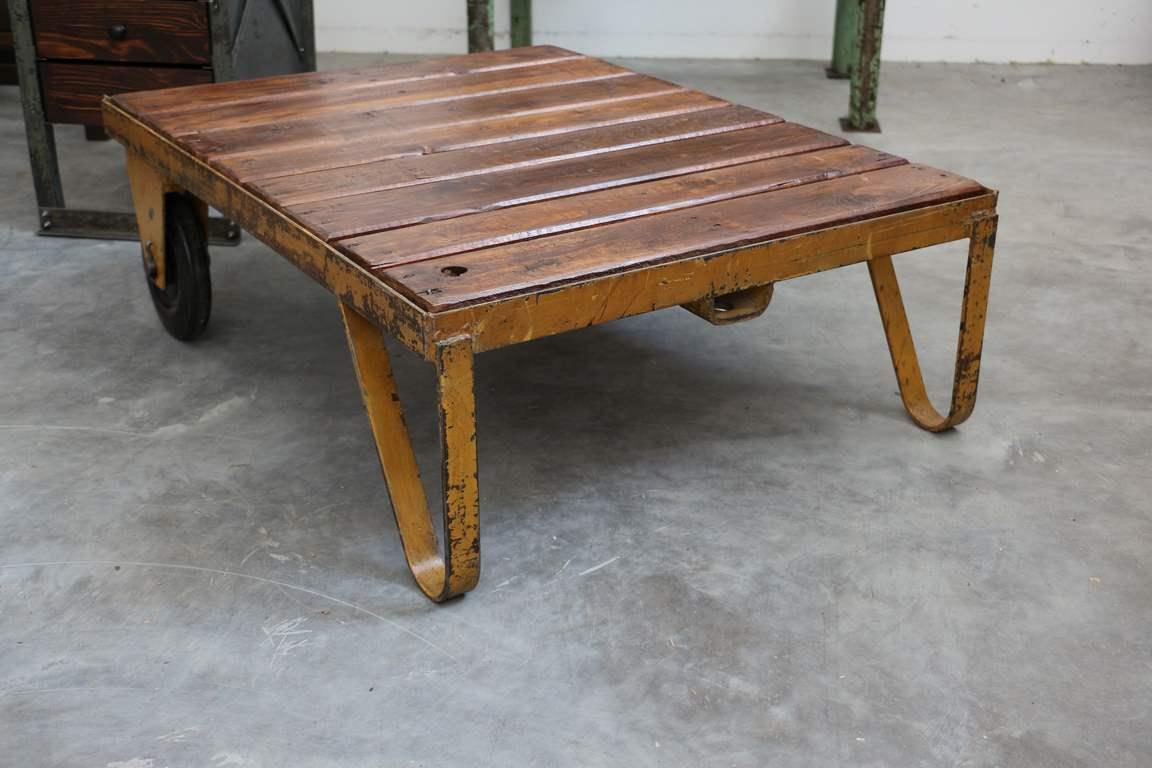 palettenwagen industrial vintage m bel antik. Black Bedroom Furniture Sets. Home Design Ideas