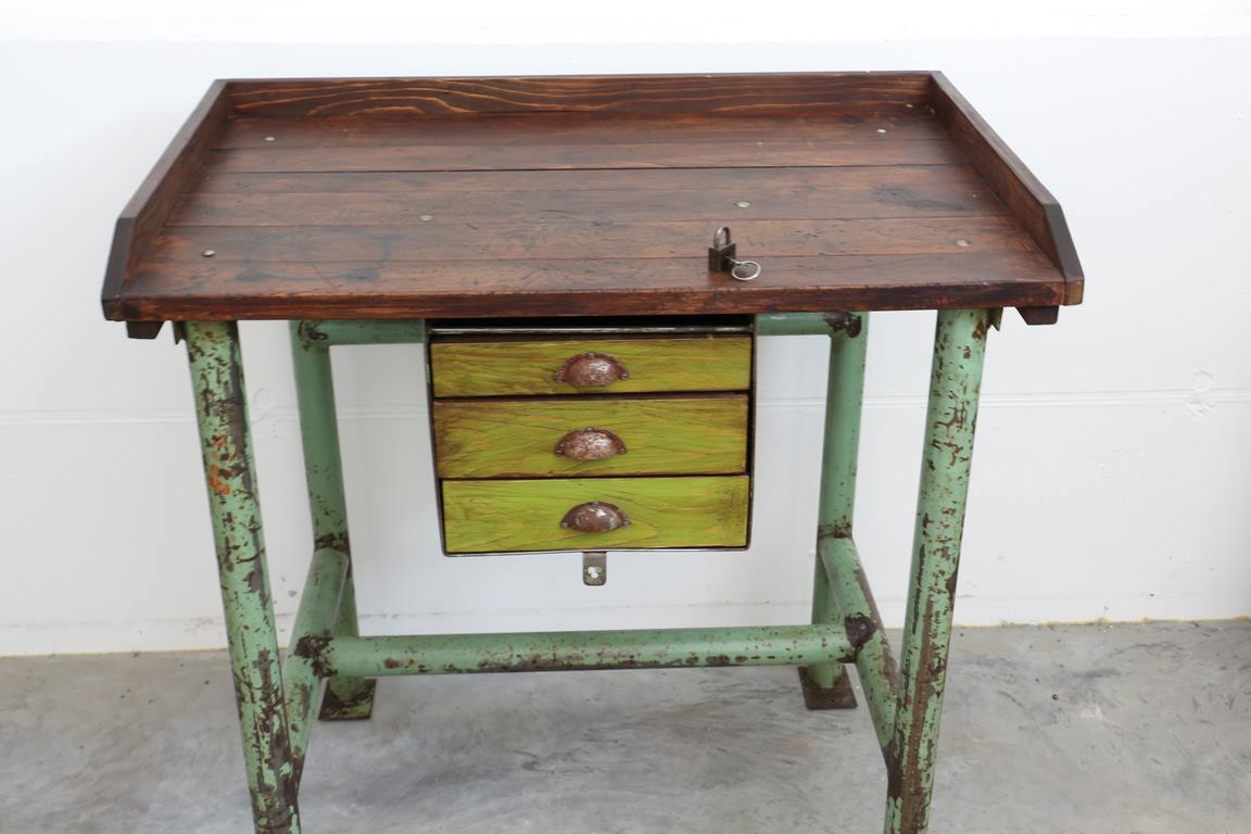 industrial tisch industrial style antik. Black Bedroom Furniture Sets. Home Design Ideas