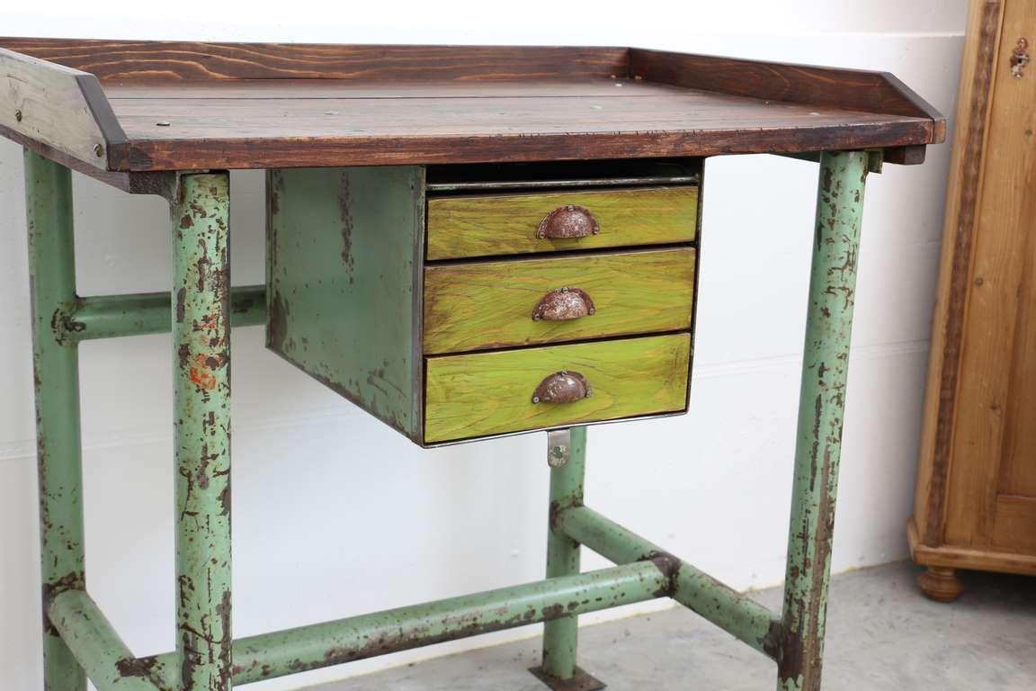 Malerisch Tisch Industrial Style Foto Von (55)