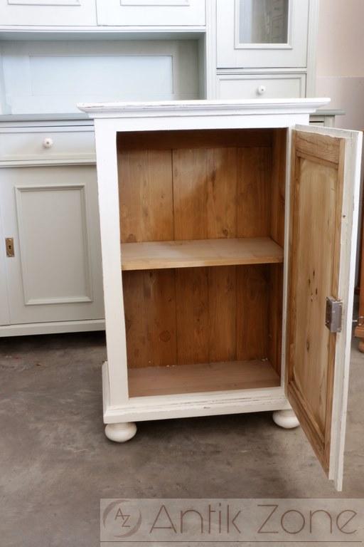 shabby chic schrank landhausm bel antik. Black Bedroom Furniture Sets. Home Design Ideas