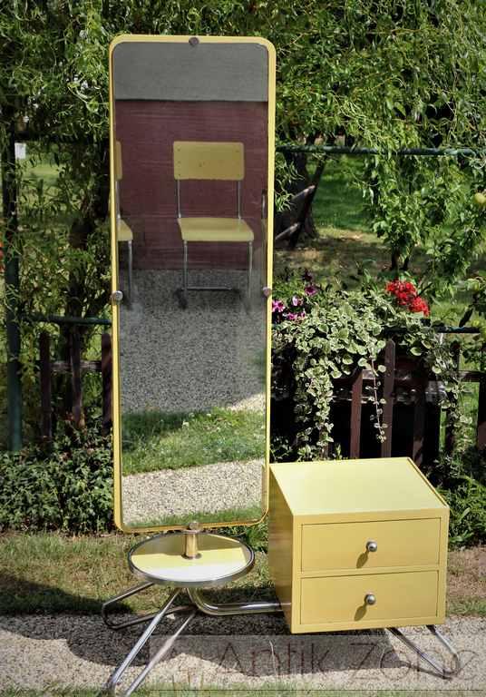 Spiegelkommode Rudolf Vichr Bauhaus (4)