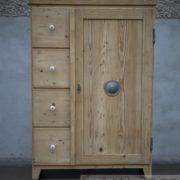 Küchenschrank Antik (2)