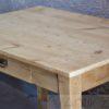 Tisch (12)
