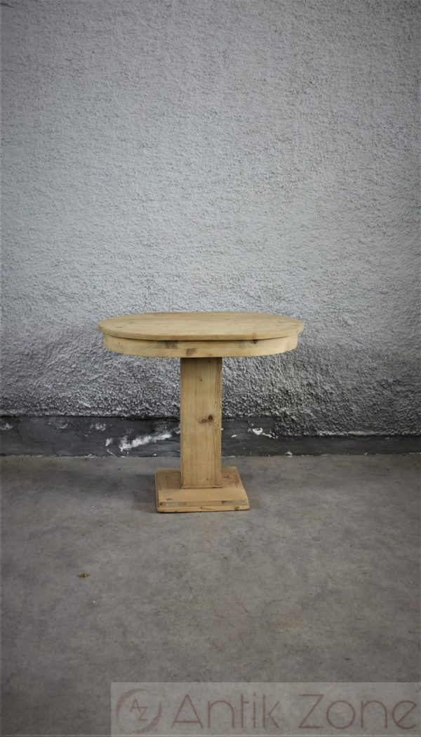 Tisch (16)